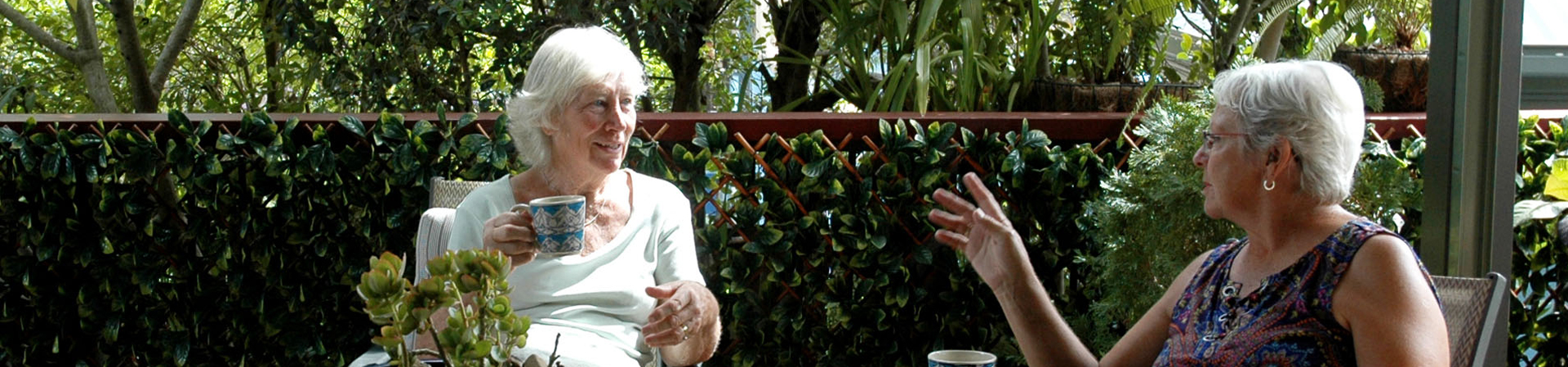 residents-chatting-in-garden